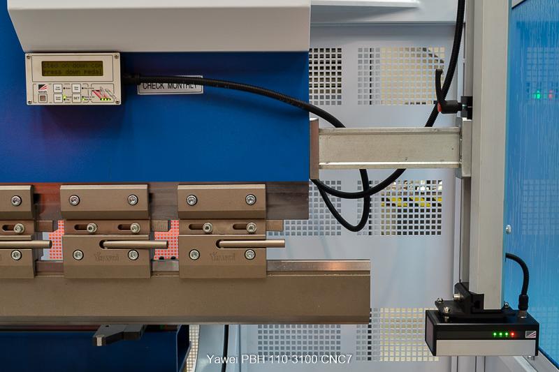 Machtech-Yawei-Synchro-PBH-110-3100-CNC5-(52S)-94503c