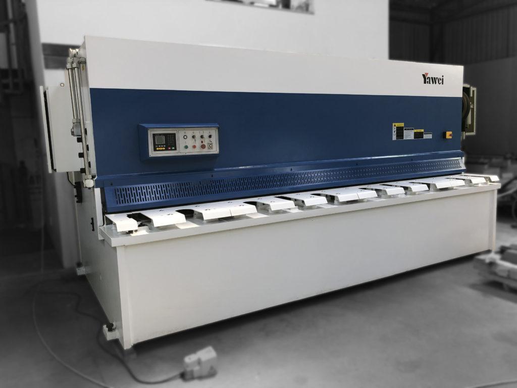 Yawei Guillotine 4m x 12mm