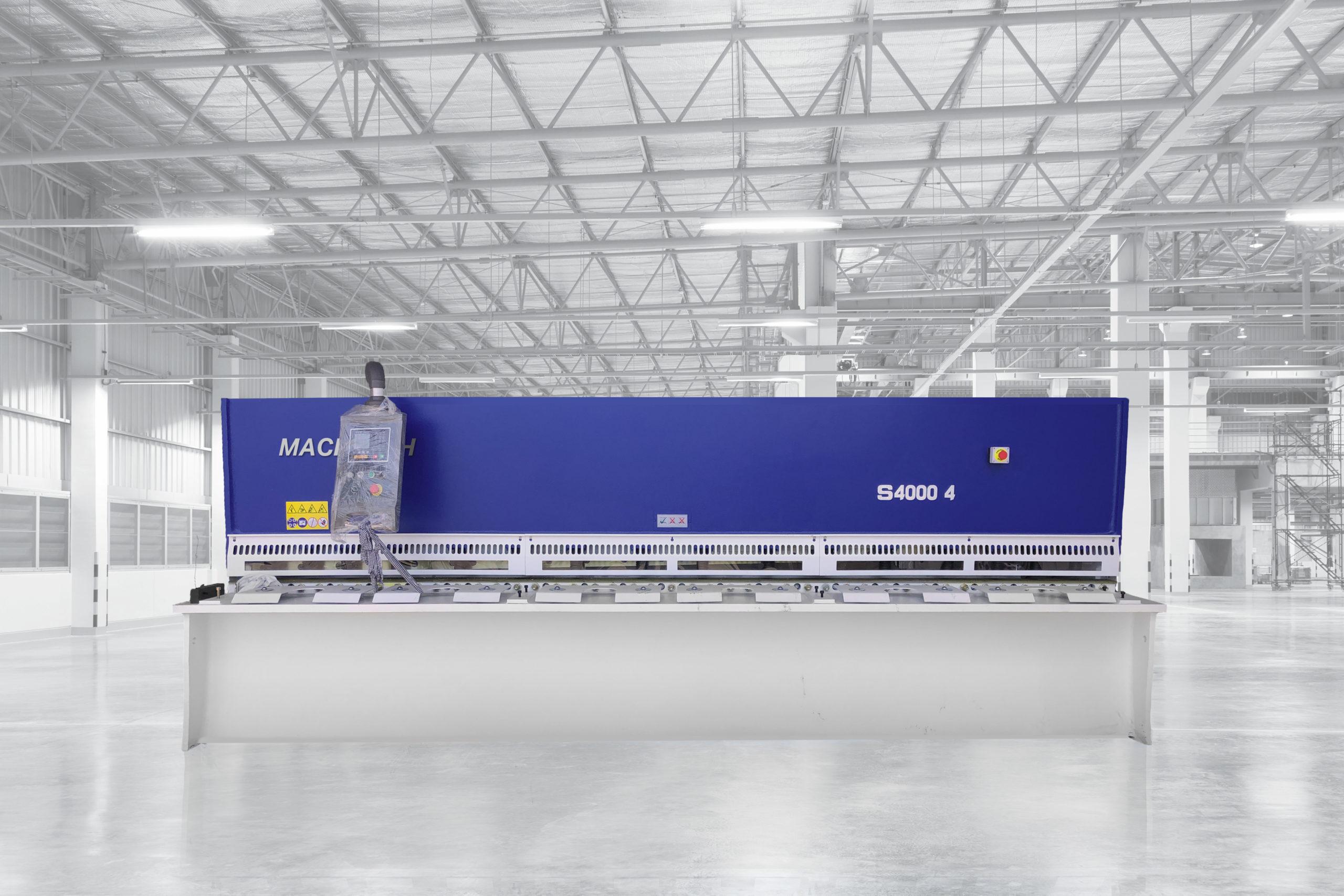 Machtech Guillotine 4m x 4mm